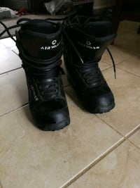 Size 8 airwalk snowboard boots Cambridge, N3C 3J3