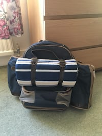Picnic backpack set - new! Twickenham, TW1 1PH
