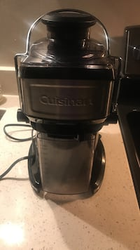 black and silver Cuisinart power juicer Alexandria, 22304