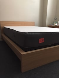 Casper Mattress and Boxspring—clean house! 2 years old! Philadelphia