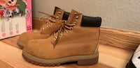 Gently used Timberland boots kids size 1 Elkhart, 46514