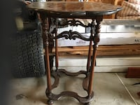 Antique table Mount Airy, 21771