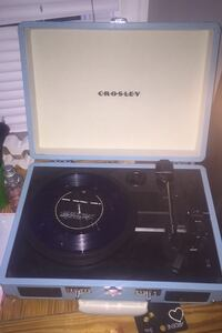 Bluetooth crosley record player