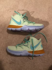 Kyrie 5 Squidward Tentacles size 9.5
