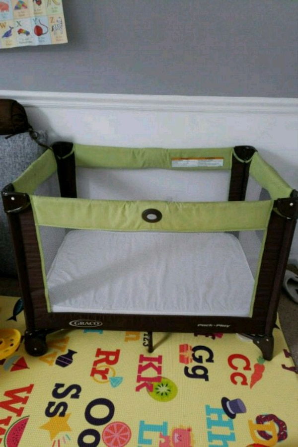 Graco pack n play playard, mattress sold separate