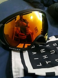 Oakley canpoy snow goggles