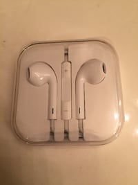 New apple earpods/earphones with remote and mic for iphone 4,5,6 Las Vegas