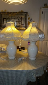2 cream table lamps and shades  TOMSRIVER