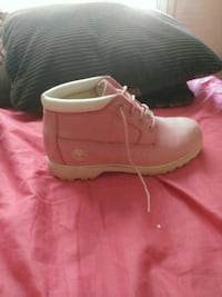 pair of pink Timberland work boots Sumter, 29154
