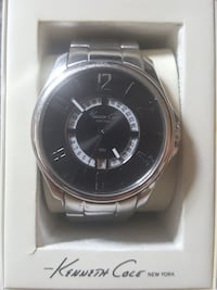 Knneth Cole New Yourk watch with silver li