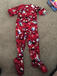 Boys 3t feet Pjs from the children's place like new  Plattsburgh, 12901