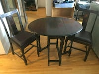 Vintage Table/2 Chairs 3715 km