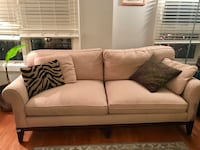 Beautiful cream color couch, cozy and soft Alexandria, 22314