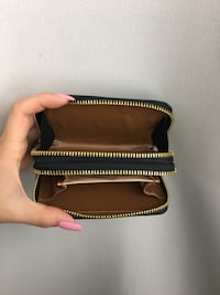 Wristlet wallet with iPhone compartiment  Montreal, H4N