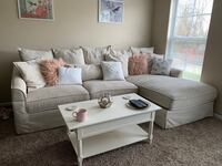 Sectional. Great condition. 2 years old. Paid $1,400 for it new. Lewis Center, 43035