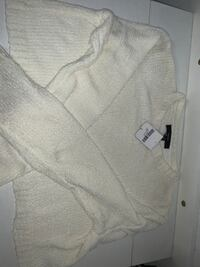 Forever 21 cropped sweater Los Angeles, 90023