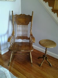 Solid oak pressed back rocking chairs Hampstead, 21074
