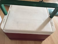 rectangular brown wooden framed glass top coffee table Gatineau, J8V 3Y8