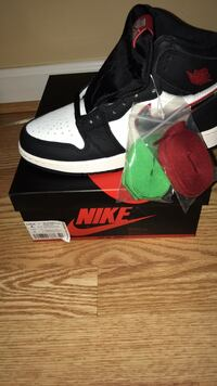 size 4Y air jordan 1 sports illustrated brand new Germantown, 20876