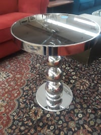 Solid Metal Tables $70-$100 null