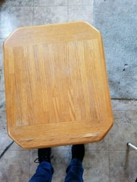 2 end tables . Good condition.  Wood.  Not compressed wood. Reading, 19607