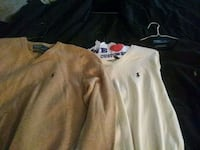 Official polo v-neck sweaters!!! Fresh size large Columbia, 21046