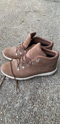 Danner Boots size 11 excellent condition cross-posted Omaha, 68154