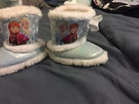 pair of blue Disney Frozen leather fur-lined snow boots