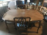 Antique table and chairs Burtonsville, 20866