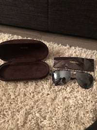black framed Ray Ban sunglasses with case Toronto, M6G 1A6