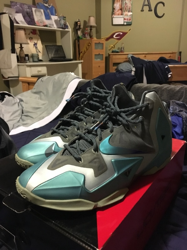 Used Pair Of Gray White And Teal Nike Lebron James Basketball Shoes