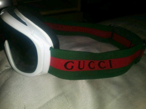 c30e080b896 Used white and green Gucci sunglasses for sale in Oakland - letgo