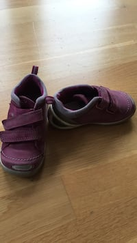 Ecco girls' shoes size 22