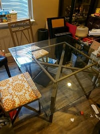 Square glass table w/ 4 chairs metal frames Littleton, 80126
