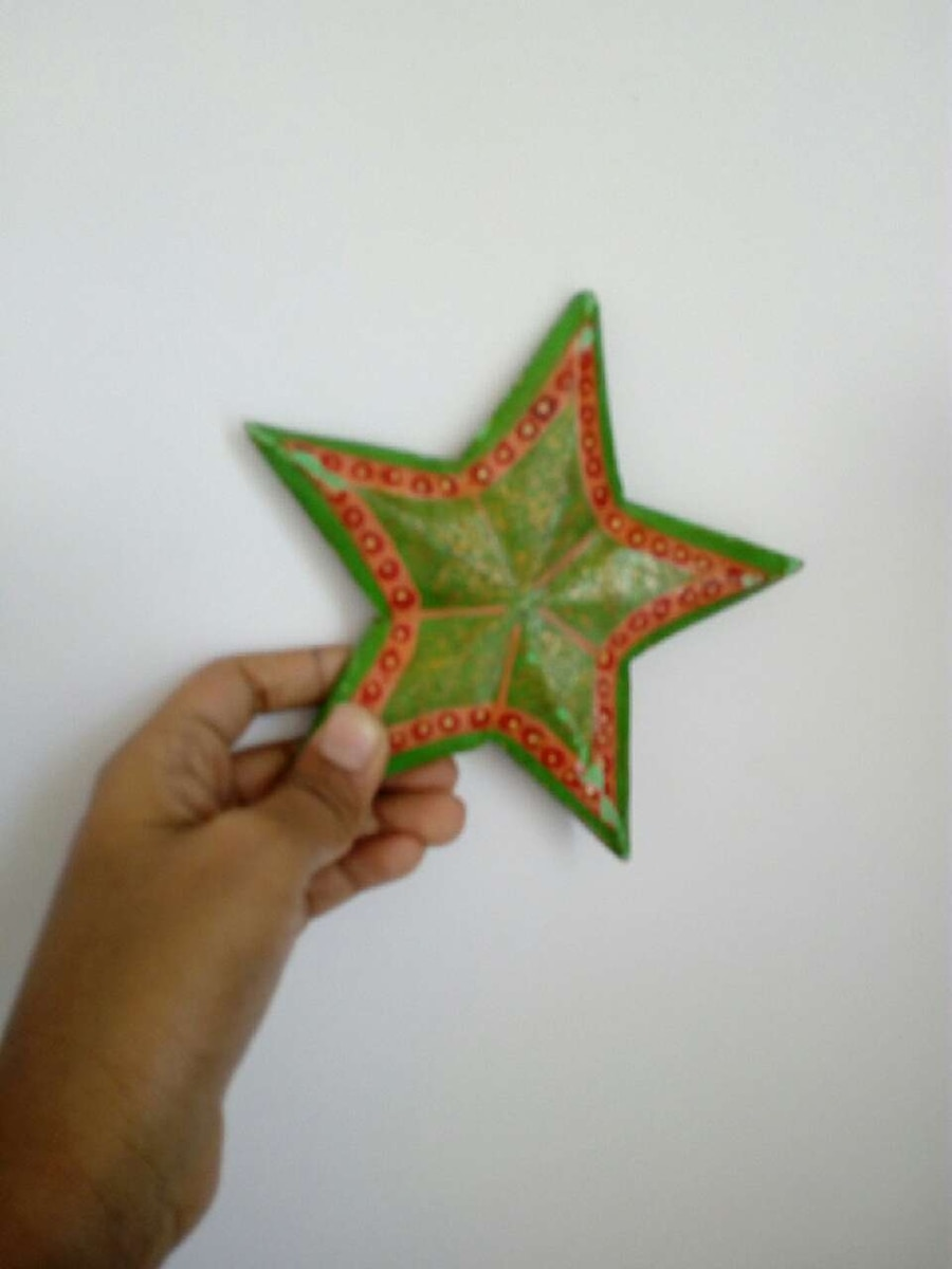 green star decor