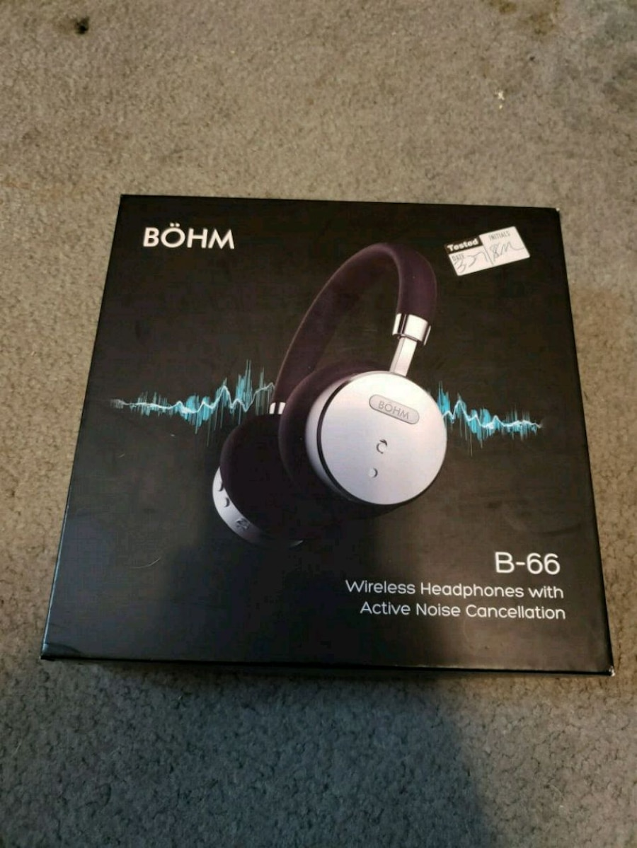 black and white Sony wireless headphones box for sale  Lykens