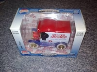 New in Box Pepsi Cola 1912 Ford Die Cast Coin Bank