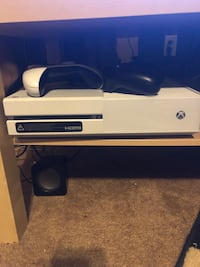 Xbox one... Great Christmas gift  Covington, 30016