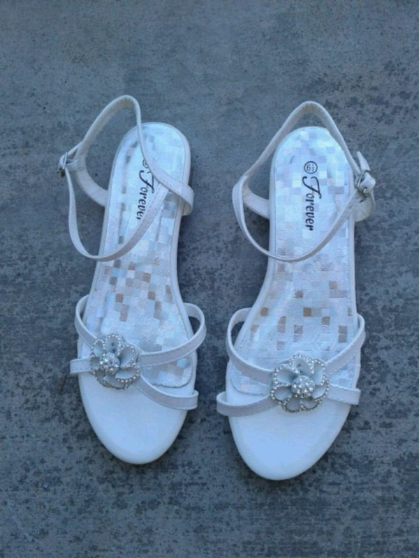 Wome'n shoes size 6.5