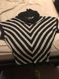 black and white striped crew-neck shirt 1965 km