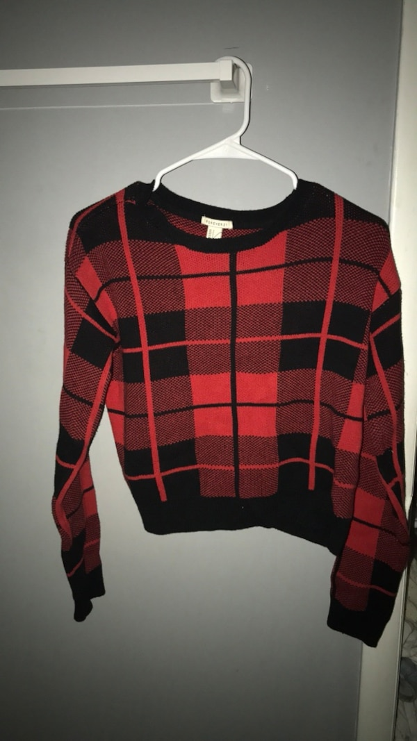 Red and black plaid long-sleeved shirt