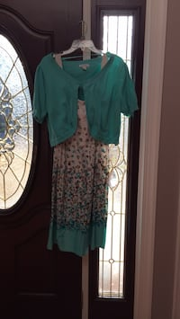 women's teal and white floral dress Fairfax, 22031