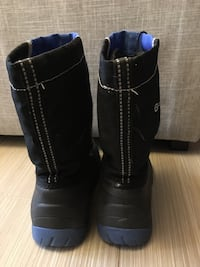 Boys Size 1 winter boot Oakville, L6H 2H2