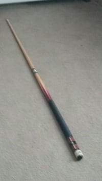 I have a two piece pool stick it comes with the case and some chalk Nashville, 37221