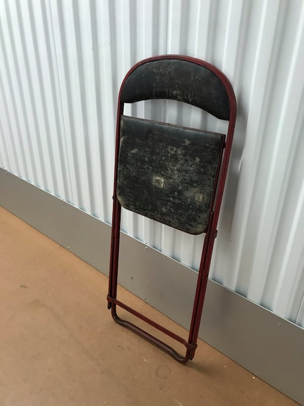 Vintage folding chair 3