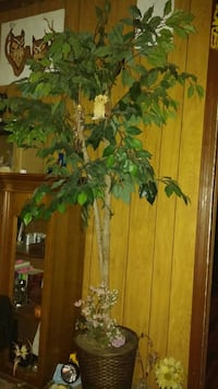 Very nice 6ft artificial tree with lights