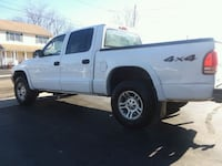 VERY NICE 2004 QUAD CAB DODGE DAKOTA SLT 4X4 V8 East Haven, 06513