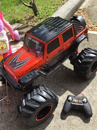 Remote Jeep and 2 pink ride on toys Sarasota, 34237