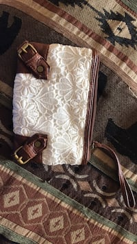 women's white and brown floral wristlet Dover, 19901