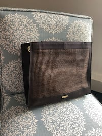 Miche Shells.  Demi   In like new condition. Brown Janice  still in bag. Straps Vancouver, V6A 0H6